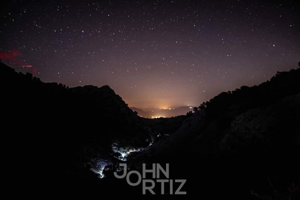 Noche en las 100 millas de bandoleros