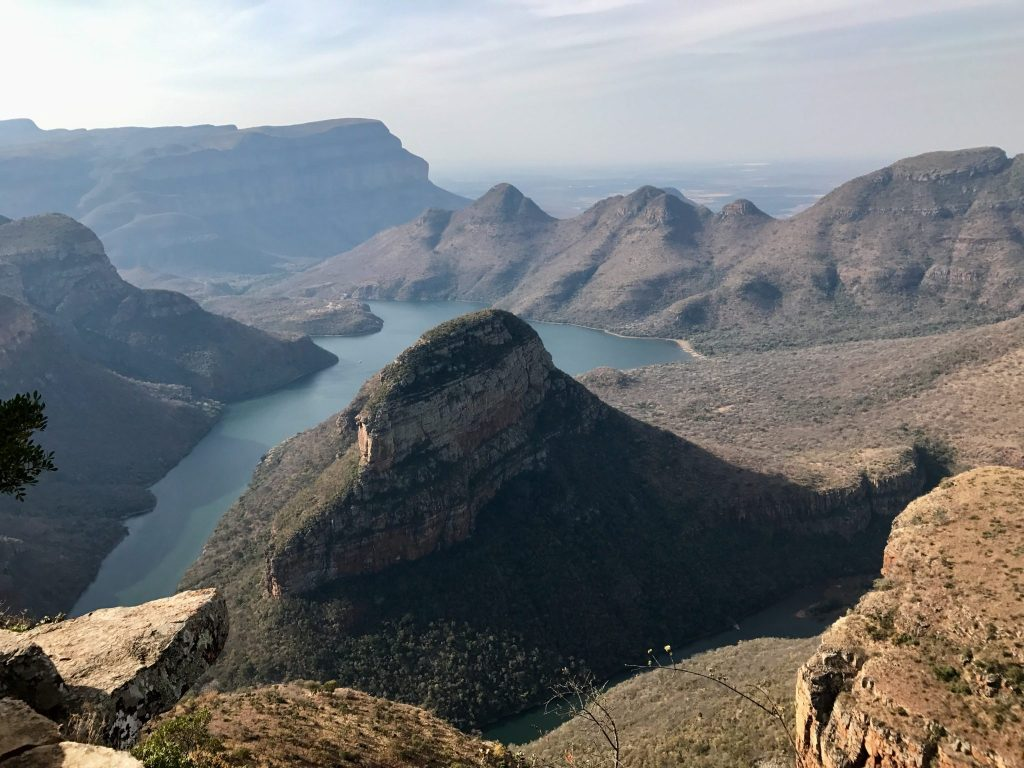 blade river canyon three rondavels