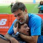 Câu chuyện người cha chia sẻ sở thích chạy maratông với đứa con bị tàn tật