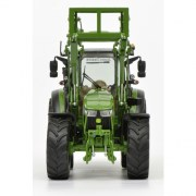john-deere-5125r-with-front-loader-and-bale-of-straw-1-32-450772800_02