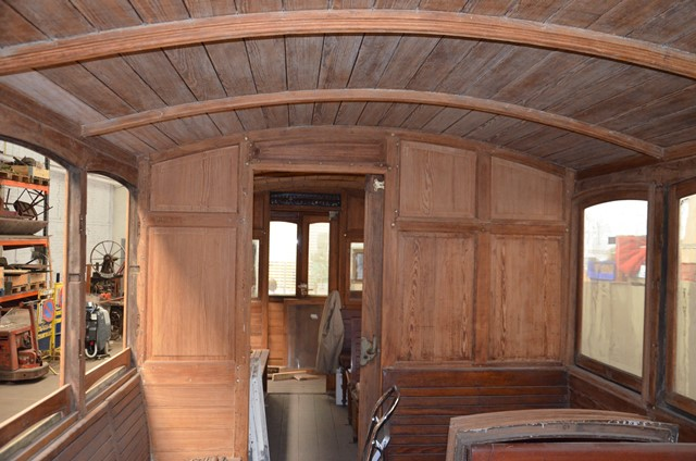 Restoration of the SNCV trailer A.1584