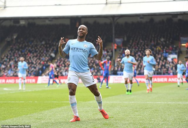 Crystal Palace 1-3 Man City: Cú đúp của Sterling - 1