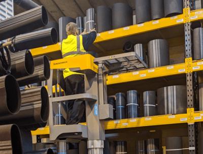 Warehouse Operative WHO/0220/02