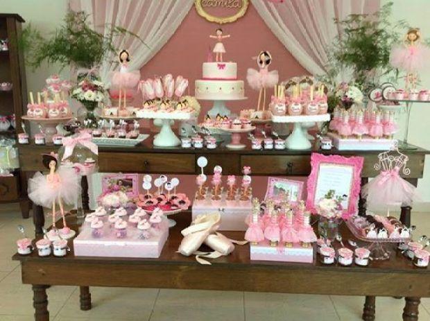 ideia-de-mesas-de-doces-para-festa-infantil-transforme-sua-casa-22