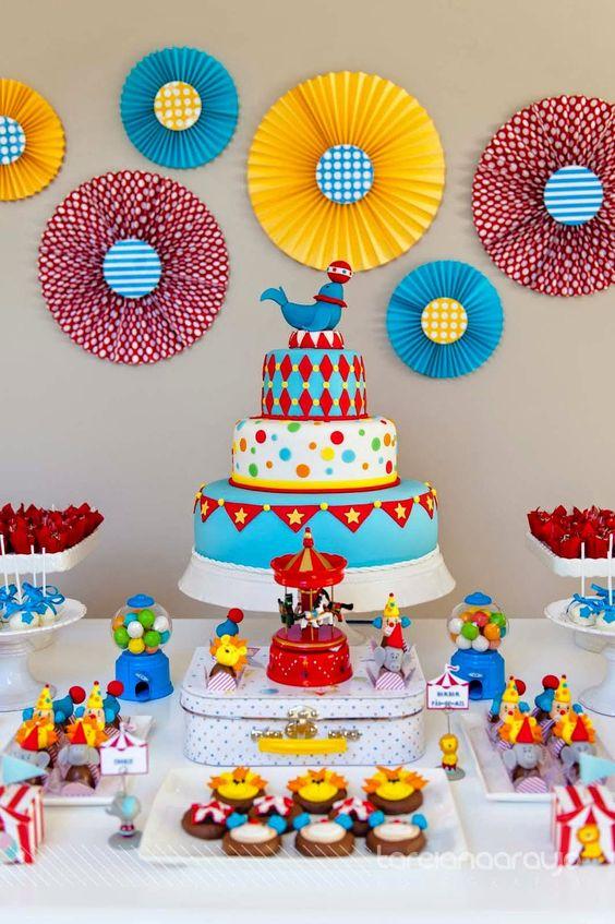 festa aniversario bolo grande