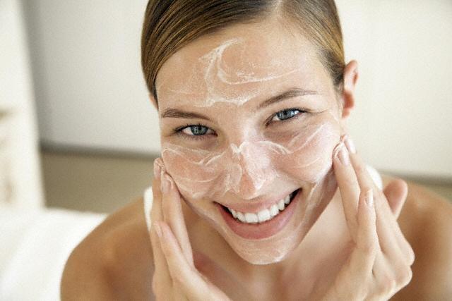 Receitas de limpeza de pele caseira