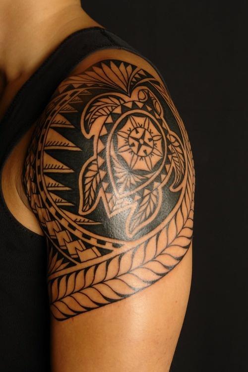 Tatuagem maori com tartaruga