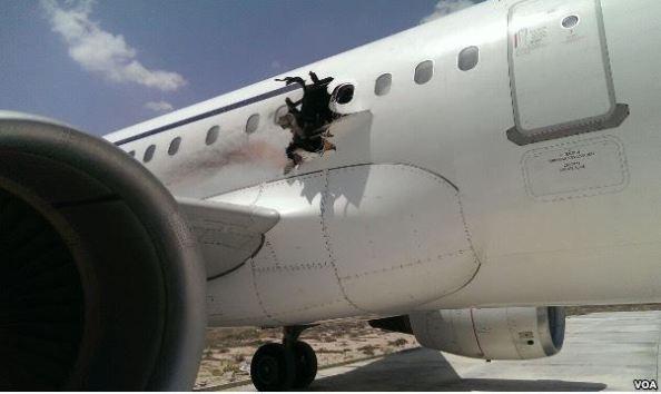 Bomba_Daallo-airlines_1
