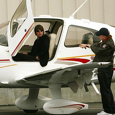 Tom Cruise_Pilot