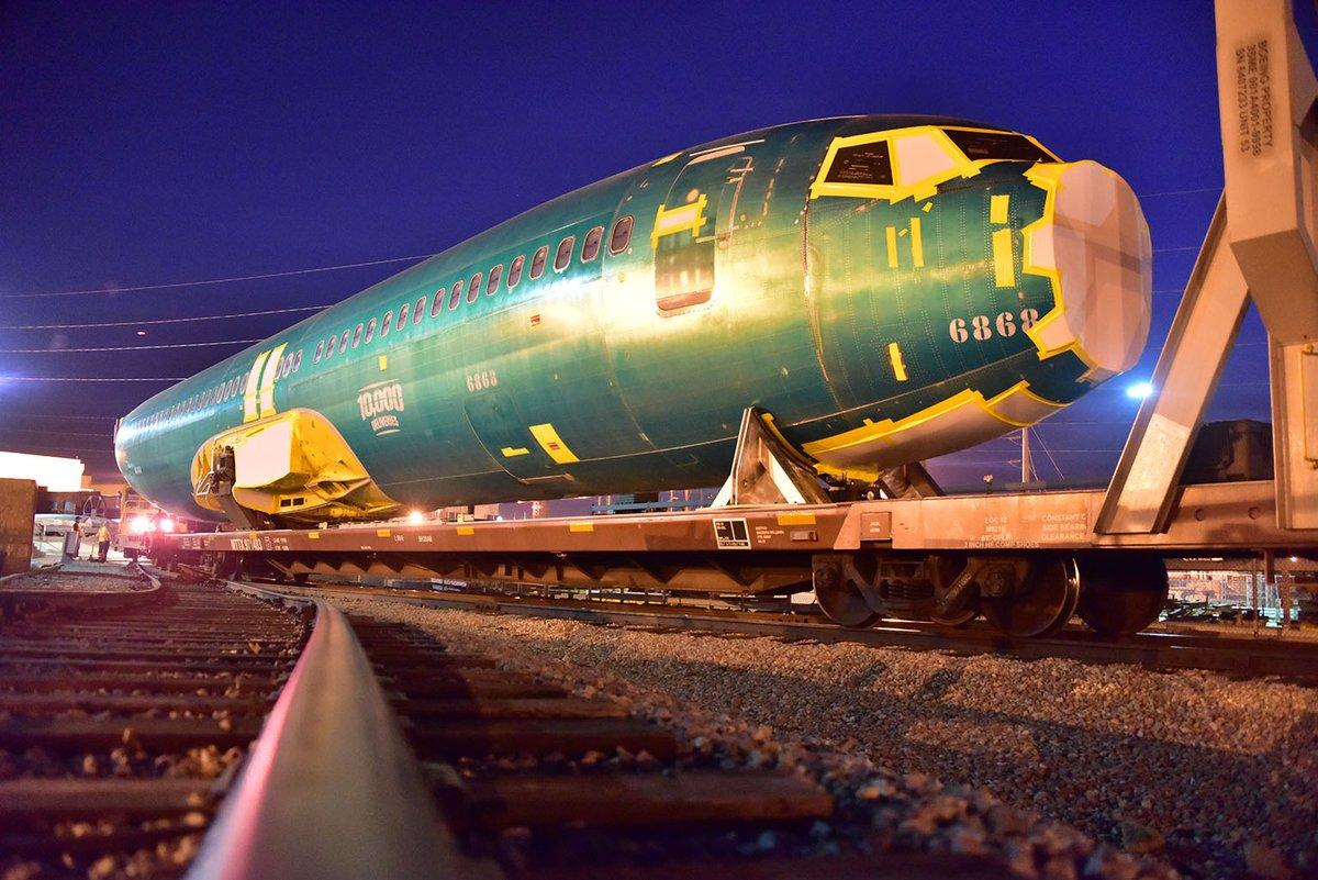 Image result for fuselage 10,000 boeing 737