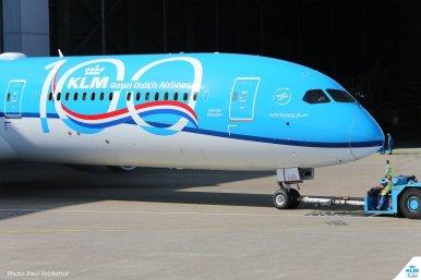 KLM-BOEING 787-10-PH-BKA