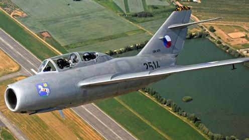 MiG-29-MiGFLUG_3
