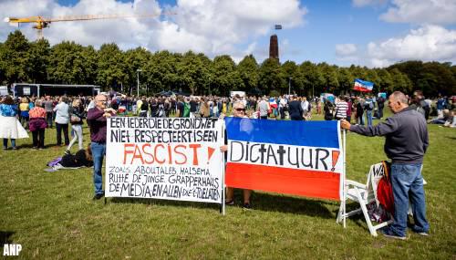 transport online circa duizend demonstranten op malieveld tegen coronamaatregelen