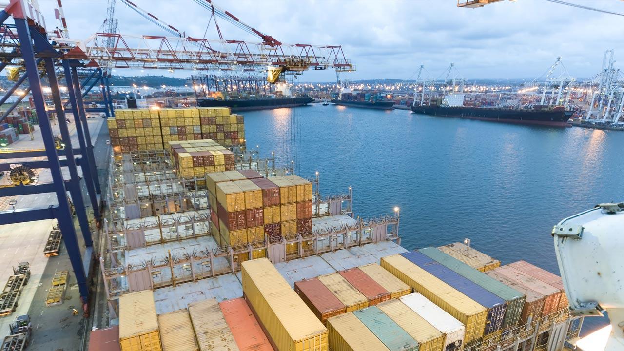 Manzanillo el que más contenedores mueve según el informe de gobierno    Transporte en México - Transporte.mx