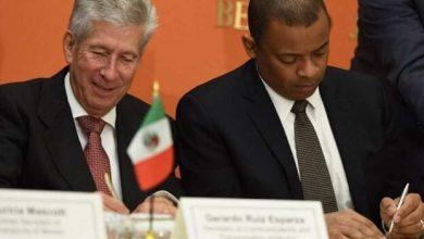 Photo of México y EU firman nuevo acuerdo aéreo