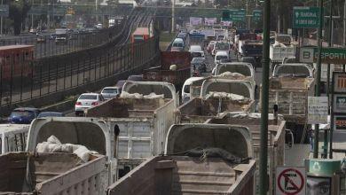 Photo of Transportistas reportan pérdidas de 100 mdp diarios por el 'Hoy No Circula'
