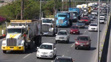 Photo of Circulan camiones de carga sin supervisión en Monterrey