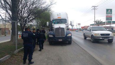 Photo of Detienen a chofer y su esposa por manejar camión robado