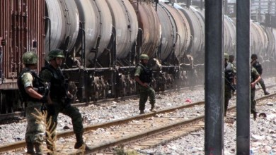 Photo of Tratan de robar combustible de los trenes