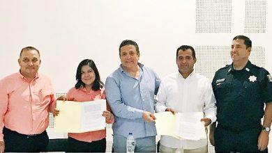 Photo of CANACAR y CECATI Manzanillo suscriben conevio para preparar más operadores