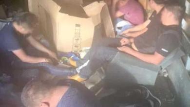 Photo of Siguen usando camiones de carga para transportar migrantes