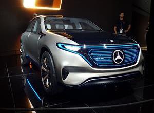 Photo of Mercedes-Benz da marcha atrás a su auto eléctrico