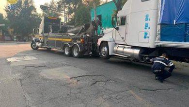 Photo of Detienen a 13 que vaciaban camión robado
