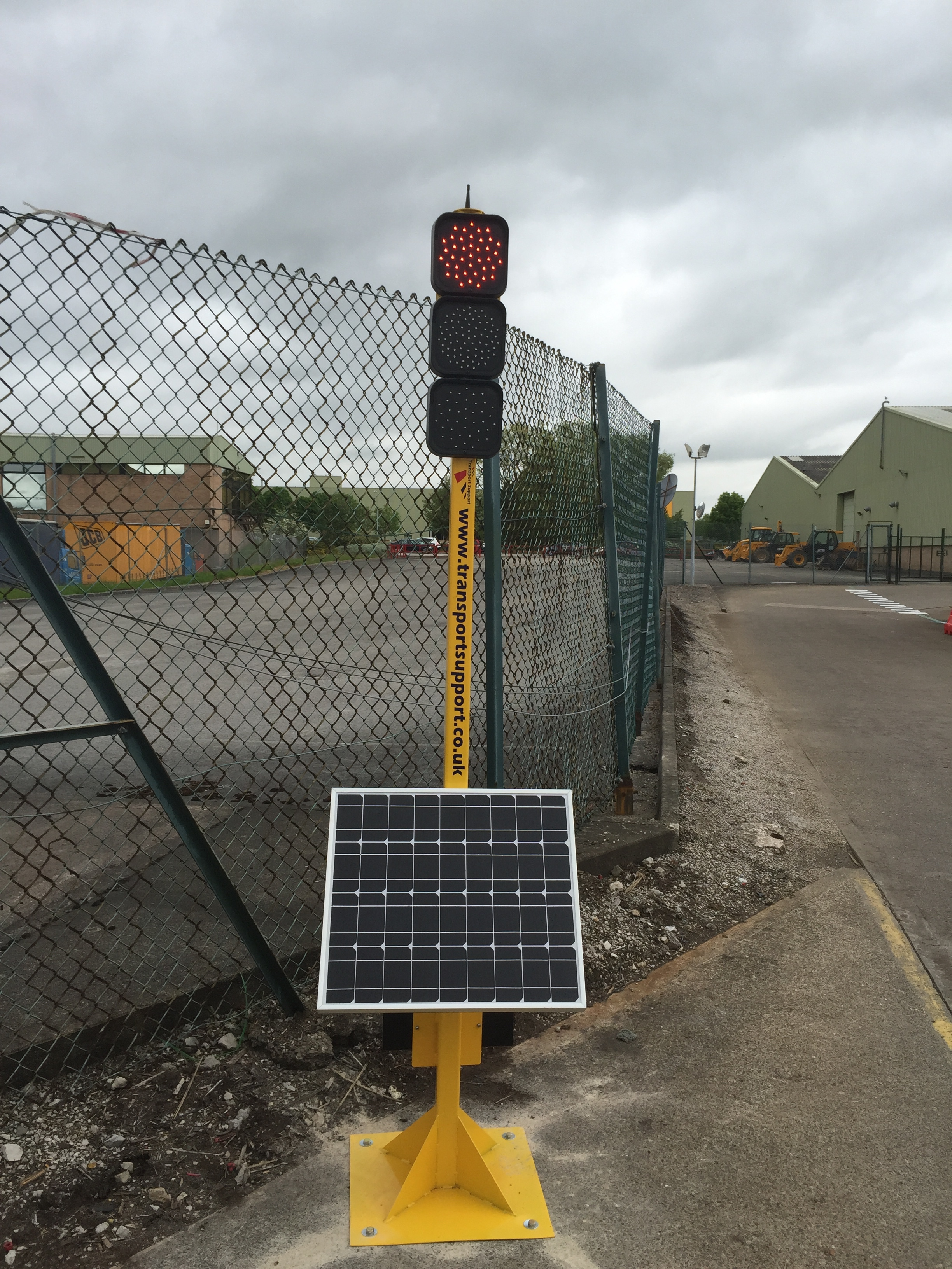Two Way Solar Powered Wireless Traffic Light System