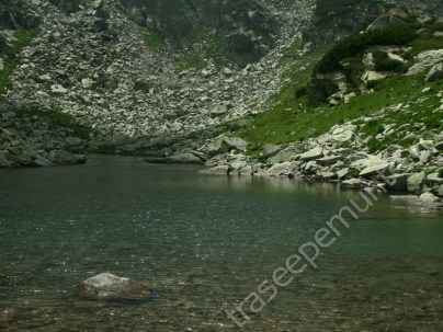 lacul-rosiile_1