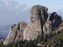 Muntii-Ciucas_Sfinxul_Cap-de-dac