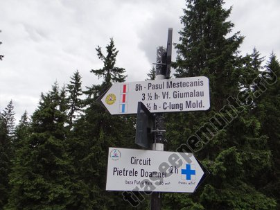 Circuitul Pietrele Doamnei-marcaj-Masivul Rarau