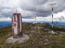 Varful Giumalau si Crucea de pe Giumalau
