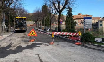 Lavori pubblici, a Piegaro in corso la messa in sicurezza di Via del Passeggio