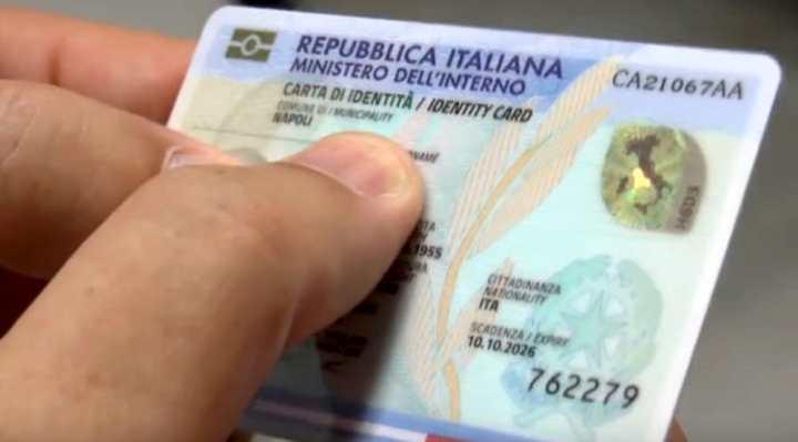 Castiglione del Lago, dal 15 novembre arriverà la Carta di identità elettronica