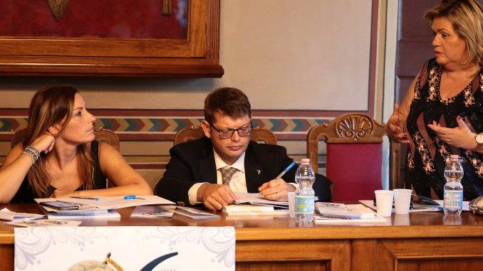 Ricami e merletti Trasimeno Orvietano per patrimonio immateriale Unesco
