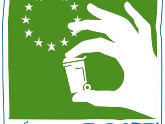 Paciano, rifiuti, volontari all'opera per pulire strade e aree verdi