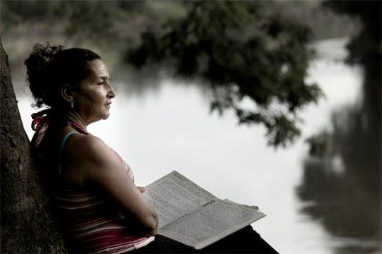 Maria-Isabel-Espinoza-escribe-poemas