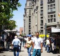 Más allá del narcotráfico: hay otro tipo de rentas criminales que se nutren de la alta informalidad económica y laboral del área metropolitana.Foto: elhuecomedellin.blogspot.com