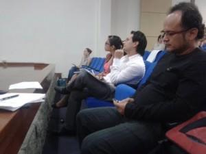 Jurado calificador durante la Jornada de Semilleros, realizada en el auditorio Pablo Oliveros Marmolejo de la Fundación Universitaria del Área Andina. Foto cortesía.