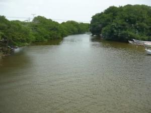El río ranchería  Imagen tomada de: http://cms.onic.org.co/wp-content/uploads/2012/03/Guajira-r%C3%ADo-Rancher%C3%ADa.jpg