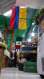 Por el Mercado Medellín (2)