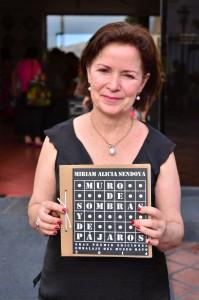Poeta Ganadora ediciones Embalaje. Mirian Alicia