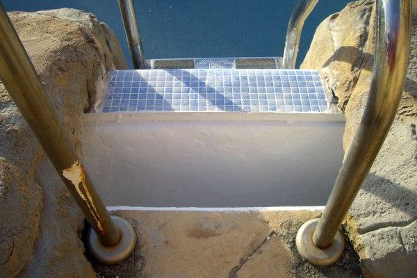 reparacion daños estrucutrales piscina