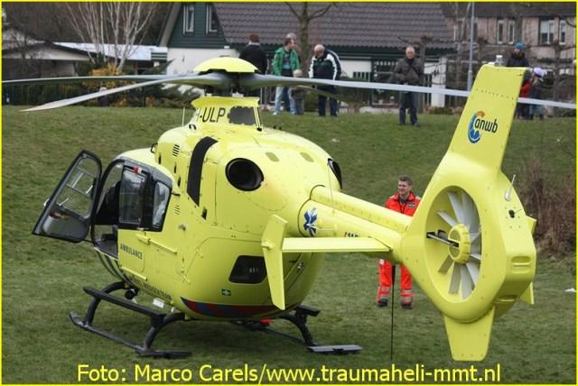 Lifeliner1 inzet Hoofddorp Foto: Marco Carels (4)