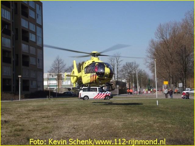 Lifeliner2 inzet Rotterdam Hoogvliet Foto; Kevin Schenk (6)