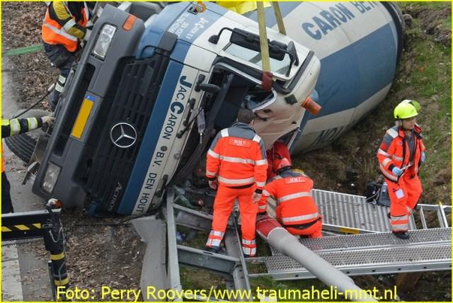 Lifeliner2 inzet Oosterhout Foto: Perry Roovers