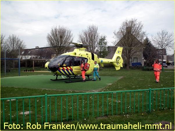 Lifeliner1 inzet Hoofddorp Foto: Rob Franken (6)