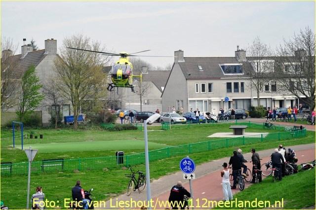 Lifeliner1 inzet Hoofddorp Foto: Eric van Lieshout (5)
