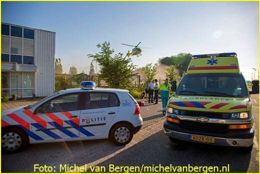 Lifeliner1 inzet Halfweg Foto: Michel van Bergen (17)