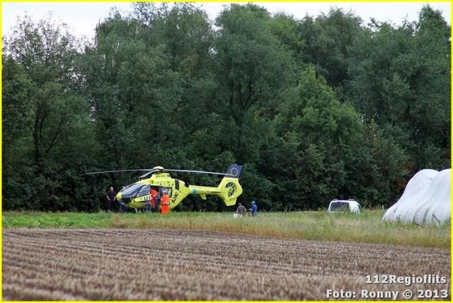 007_Gewonde bij ongeval auto en vrachtwagen N366 19-08-13-BorderMaker
